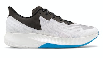 Review of New Balance Mens Fuelcell TC