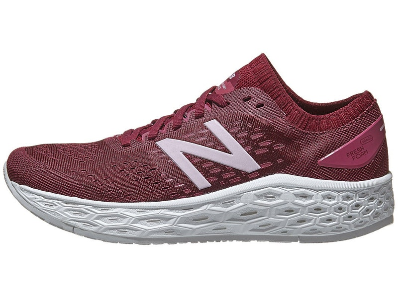 Womens New Balance Vongo V4