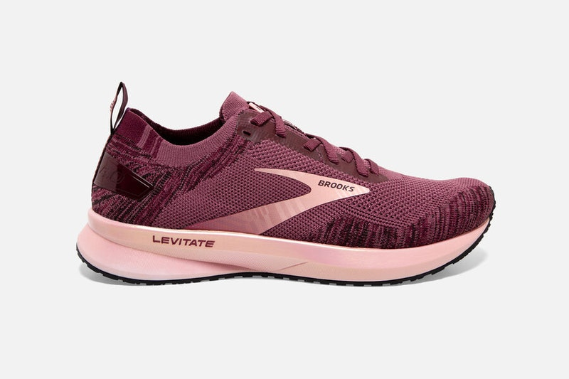 Womens Brooks Levitate 4